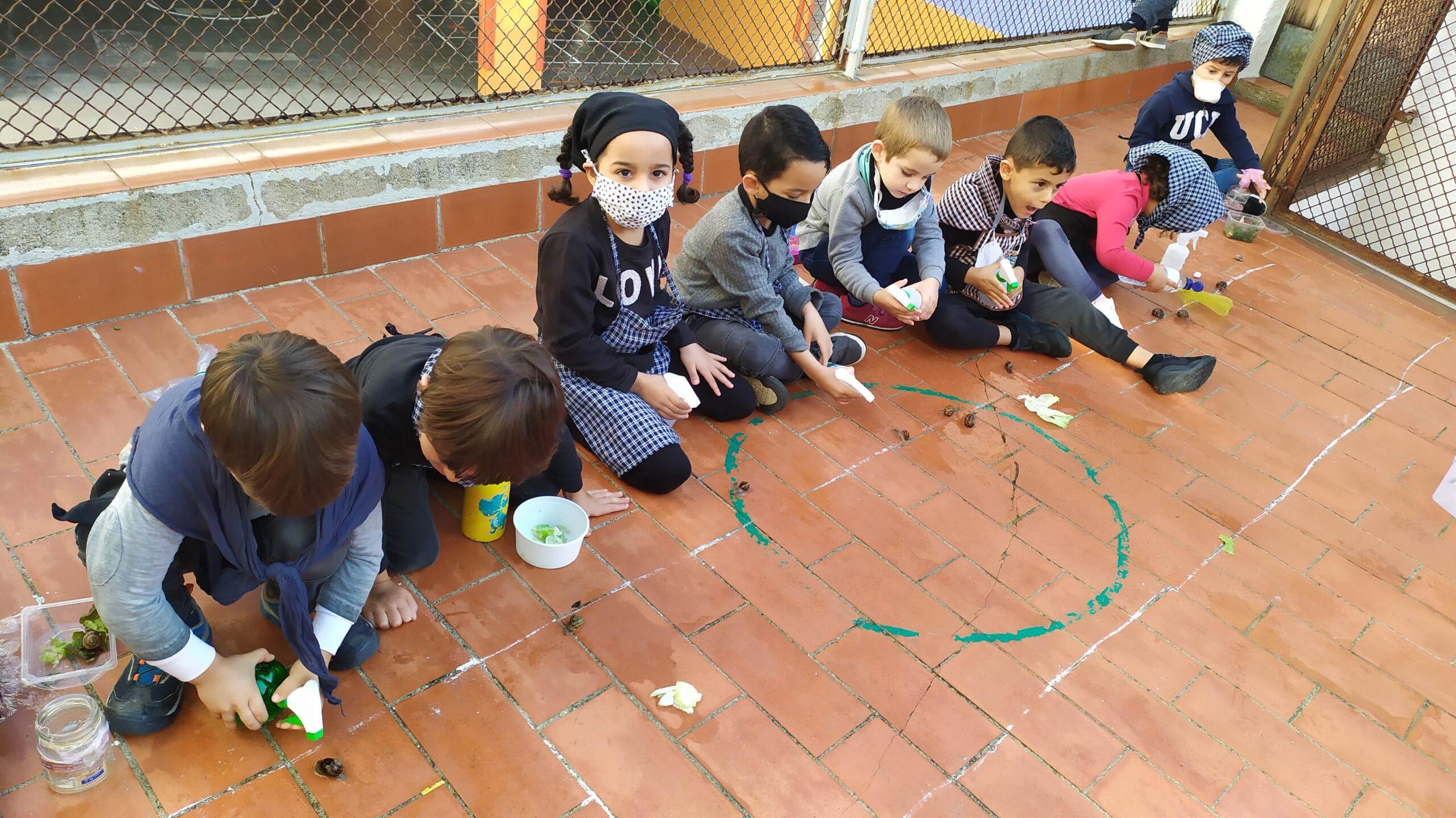 La cursa de cargols, una tradició escolar
